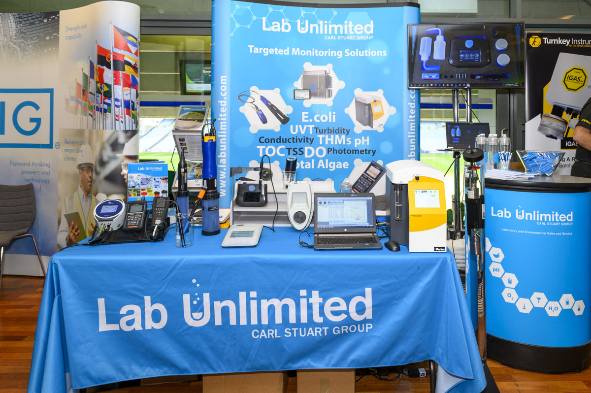 Lab Unlimited Stand